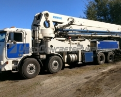 REDUCED PRICE!! 2002 42m Schwing on a 1999 Freightliner