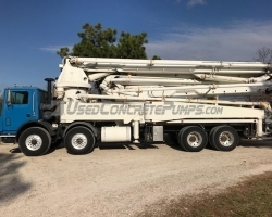 RECENTLY REDUCED!! 1999 44m Cifa on a 1999 Mack