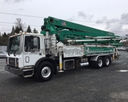 2006 Alliance JXAR 42m on a 2007 Mack