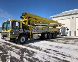 2011 Alliance 42m on a 2008 Mack