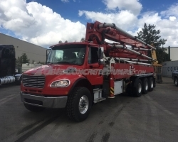 2015 Alliance 38Z mounted on a 2016 Freightliner