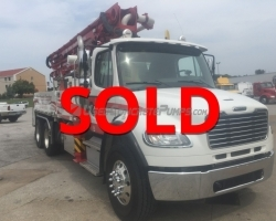 2015 Alliance 28 meter Z boom on a Freightliner