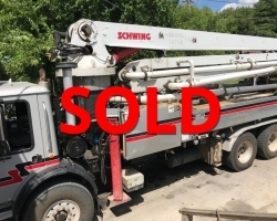 2003 Schwing 32m on a Mack MR