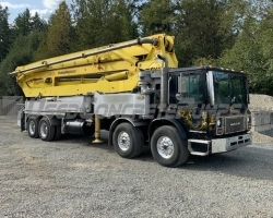 1996 43m Putzmeister on a Mack