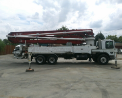 REDUCED PRICE! 2004 40m Alliance on a Mack