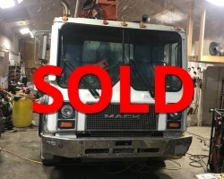 2000 36m Concord on a Mack